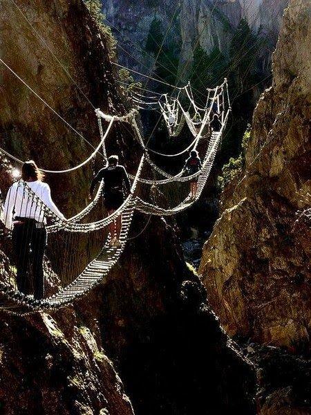 9. Подвесные мосты над пропастью