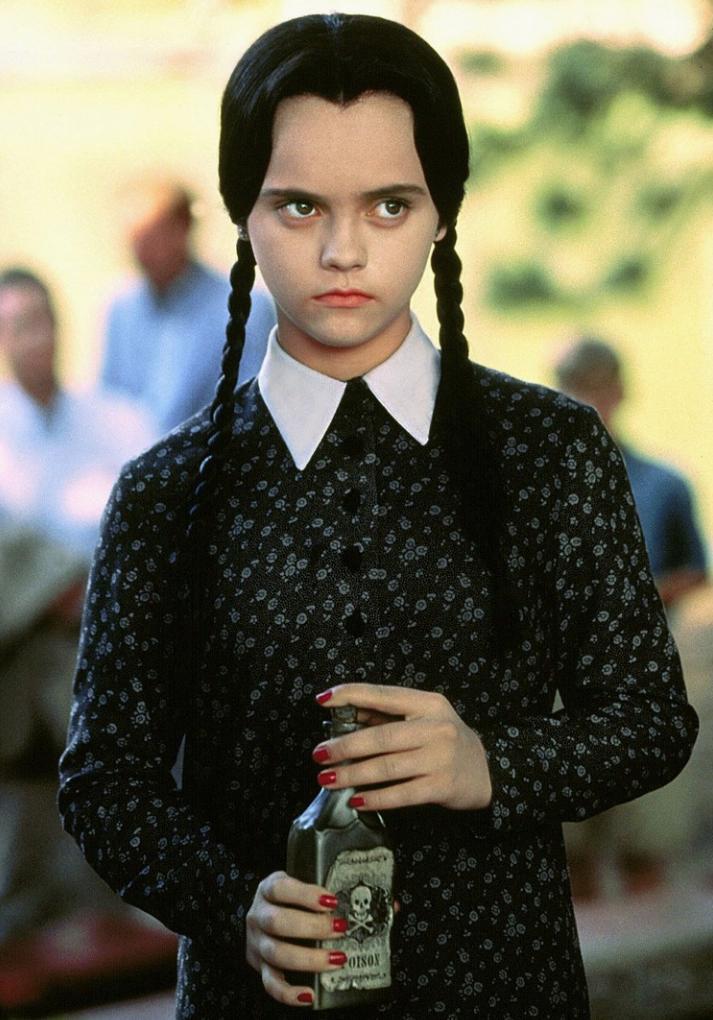 """10-летняя Кристина Риччи в роли Вэнсдэй Аддамс в """"Семейке Аддамс"""", 1991"""