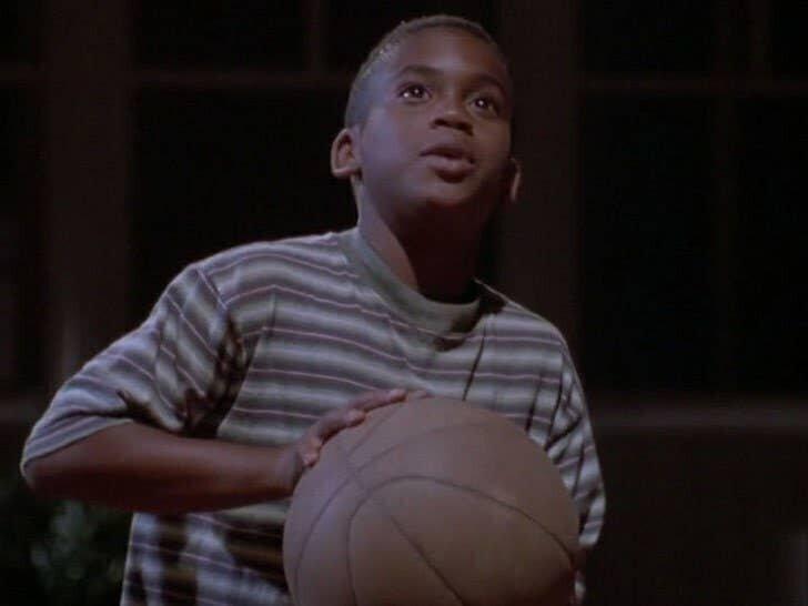 """11-летний Брэндон Хэммонд в роли юного Майкла Джордана, """"Космический джем"""", 1996"""