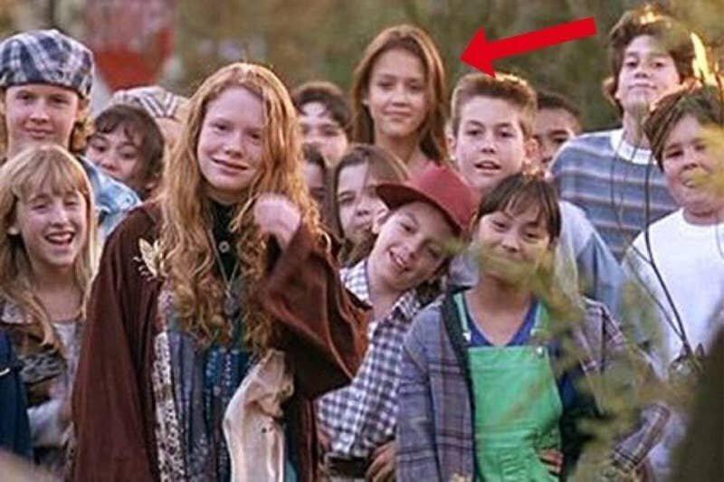 """13-летняя Джессика Альба в роли Гэйл, """"Затерянный лагерь"""", 1994"""