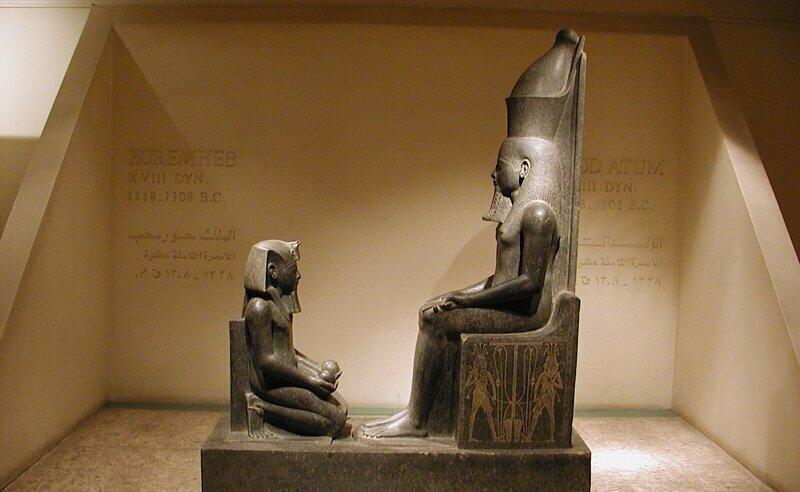 Египетским фараонам надлежало совершать акт священной мастурбации в Ниле