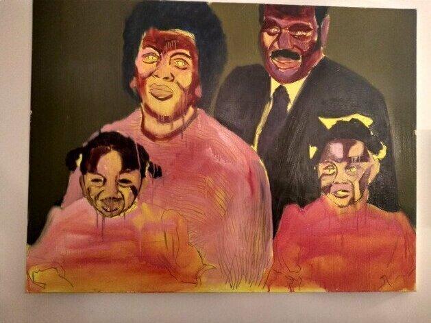 """""""Эта картина - примерно метр в ширину и висит над диваном в моей гостиной"""""""