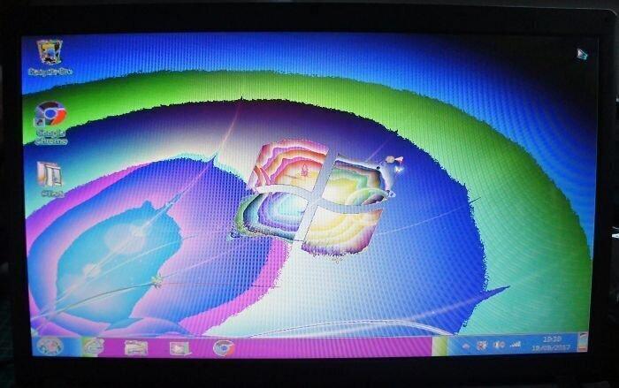 """30. """"Компьютер под ЛСД (результат неисправного графического процессора на Samsung 350V)"""""""
