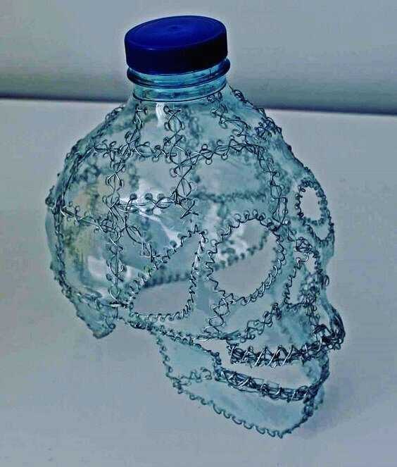 Что люди с фантазией могут сотворить из бесполезного пластика
