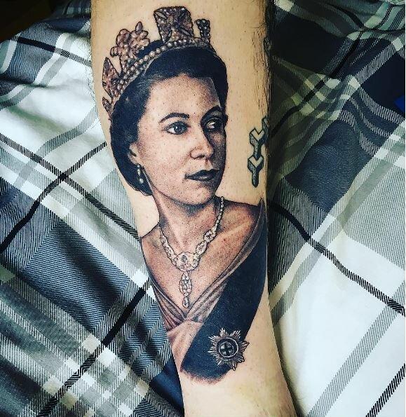 Королева-мать