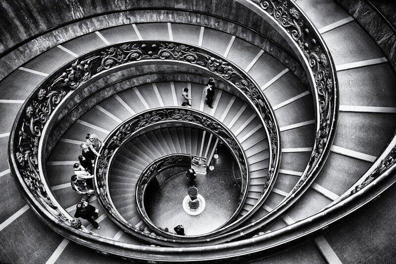 9. По лестнице