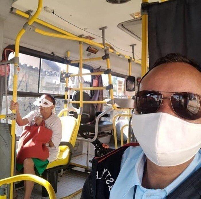 Кстати говоря, не все поняли, о каких масках идет речь