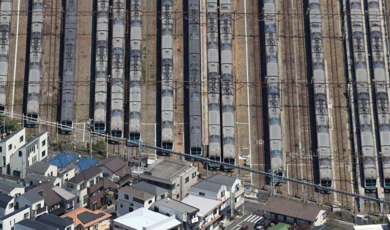 Железнодорожное депо сверху похоже на небоскрёб