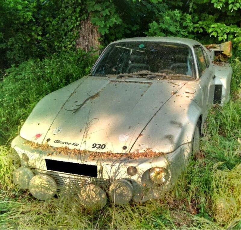 Porsche 930 Slantnose Abandoned