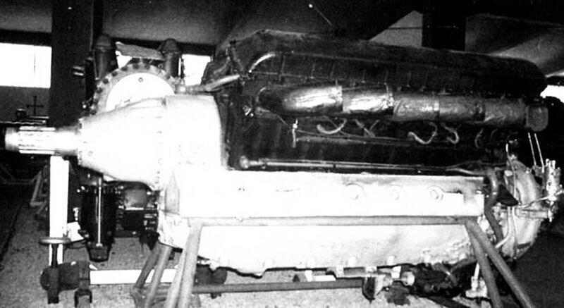 Авиационный поршневой двигатель Микулина АМ-38 использовался на самолётах Ил-2 и МИГ-3 во время Второй мировой войны.