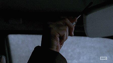 «В фильмах люди часто прячут ключи от машины за солнцезащитным козырьком. Я не знаю ни одного реального человека, кто бы так делал»