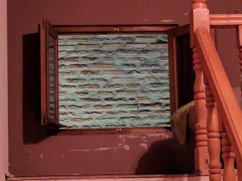 В объявлении было сказано, что вид из окна на центральную церковь, они не обманули