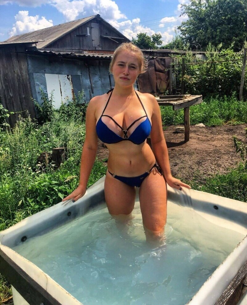 Бак с водой - это настоящее место для кайфа на дачном участке