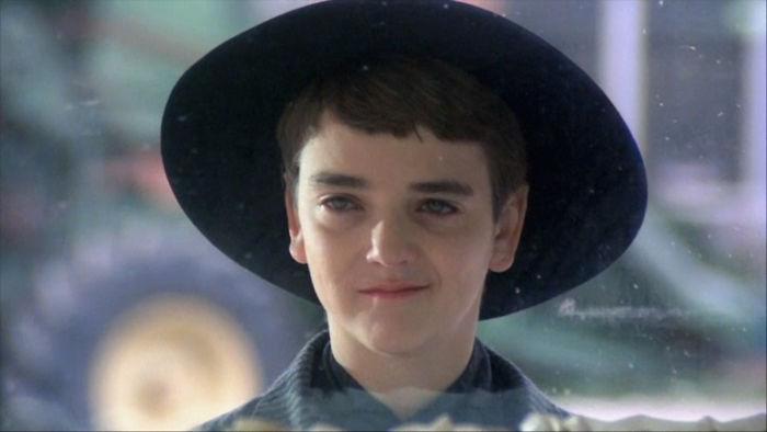 """1. Джон Франклин. Роль 12-летнего Пророка в фильме ужасов """"Дети кукурузы"""" стала его дебютом в кино. К тому времени актеру уже исполнилось 25 лет"""