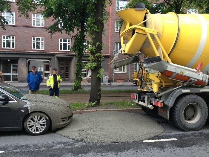 Держись подальше от неисправного цементовоза