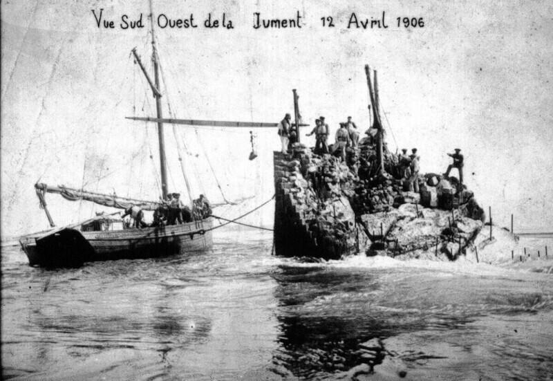 1906 год. Жертвы кораблекрушения на скале «Кобыла». Фото: общественное достояние.