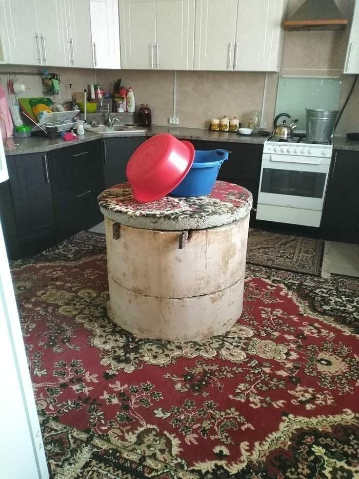 Просто колодец посреди кухни
