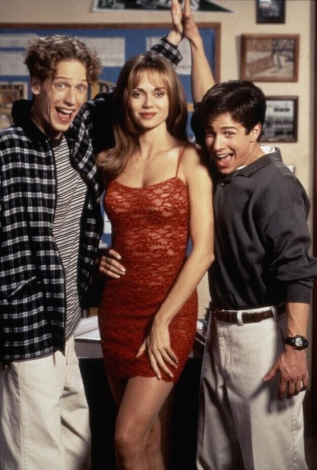 Вчера и сегодня: кумиры телезрительниц 90-х