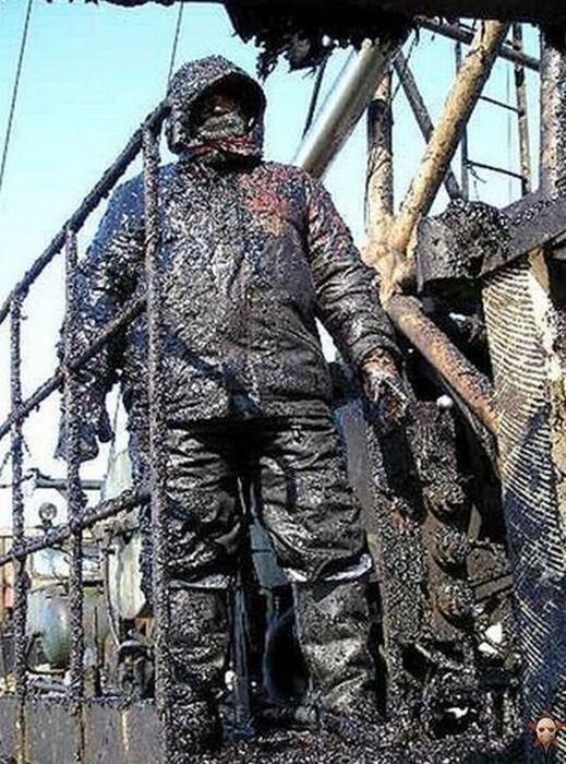 Нефтяники тоже редко бывают чистыми и не уставшими