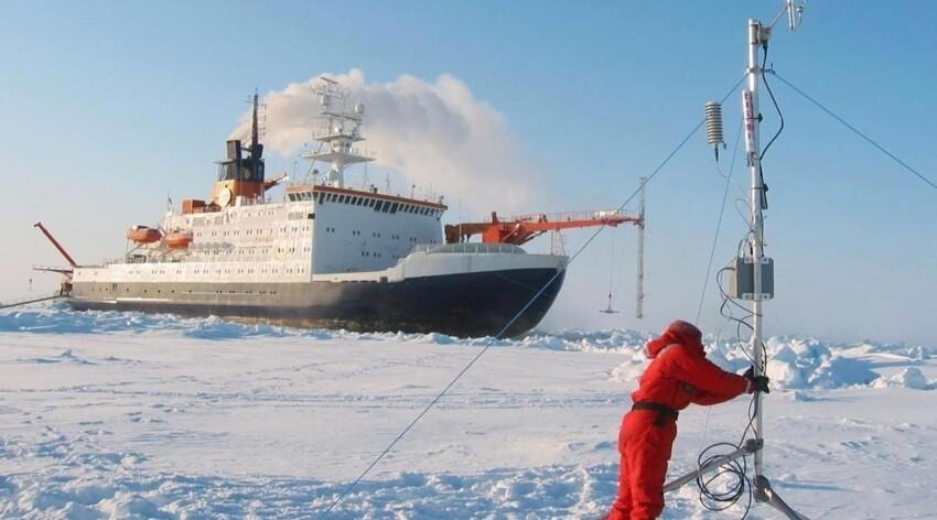 Льды, мороз, Север, но погоду все хотят знать