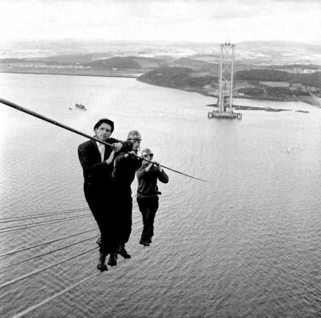 Строительство автодорожного моста в Шотландии, 1961 год