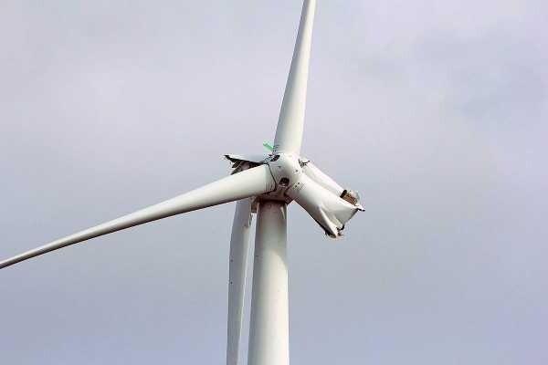 Согласно моделированию Стэнфордского университета, большие оффшорные ветроэлектростанции могут существенно ослабить ураганы, уменьшая экономический ущерб от их воздействия