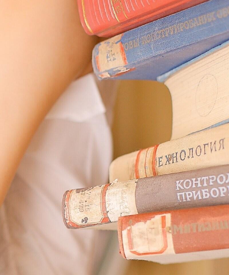 Китаянки внезапно полюбили русскую литературу, особенно техническую