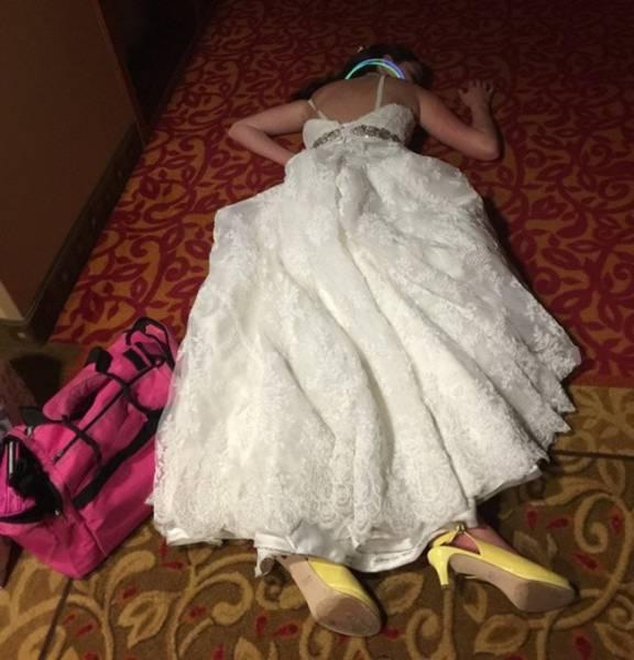 Если в конце вечеринки невеста выглядит так...
