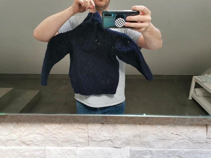 Я постирал свитер