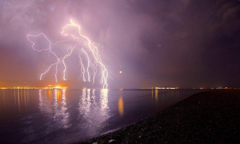 Молния. Фотограф - Егор Никифоров