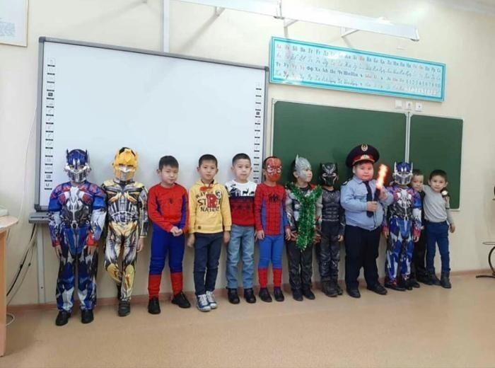 Детские утренники в Казахстане в качестве зеркала реальности