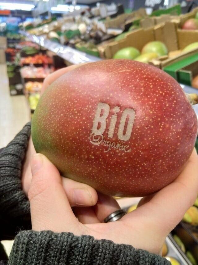 Штамп для фруктов — больше никаких прилипших к кожуре этикеток!