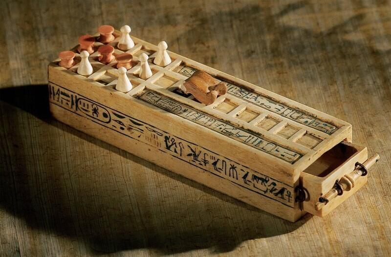 Настольная игра Тутанхамона, которой 3000 лет