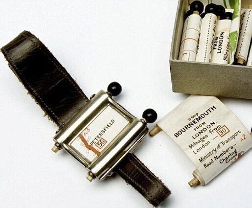 Google Maps 1920-х годов: в наручные часы вставлялись специальные бумажные карты-свитки