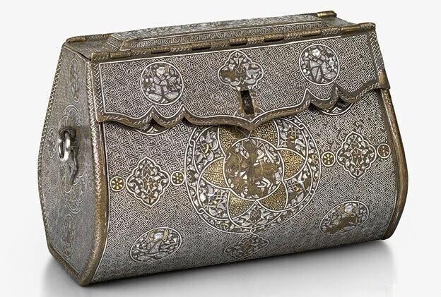 Вполне возможно, что это самая старая сохранившаяся женская сумочка в мире (XIV век, Северный Ирак)