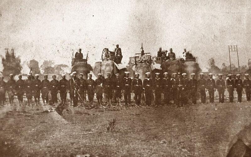 Боевые слоны использовались тайской армией в сражениях еще в 1885 году