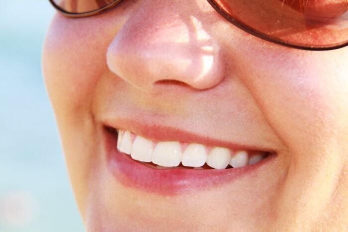 Искусственные ли зубы у американцев?
