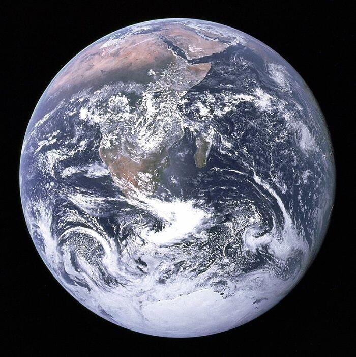 Когда Землю перестали считать плоской?