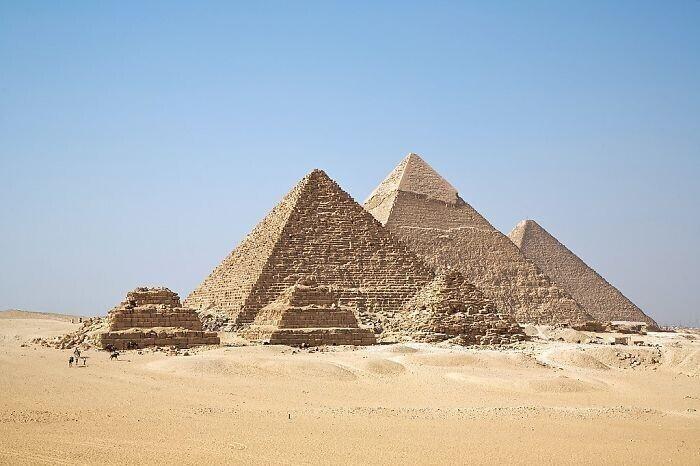 Пирамиды построили рабы?