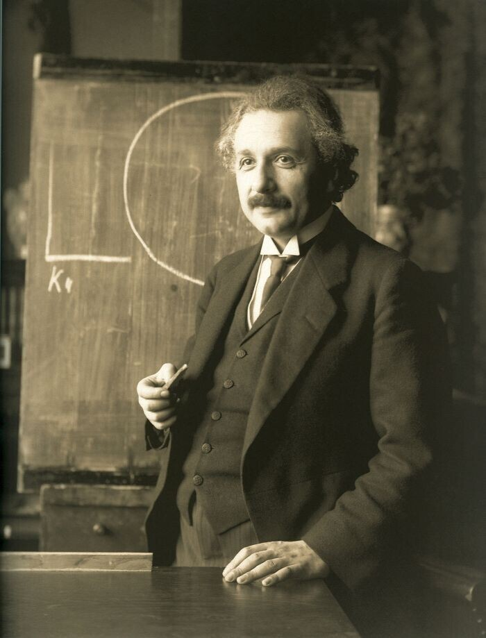 Как Эйнштейн учился в школе?