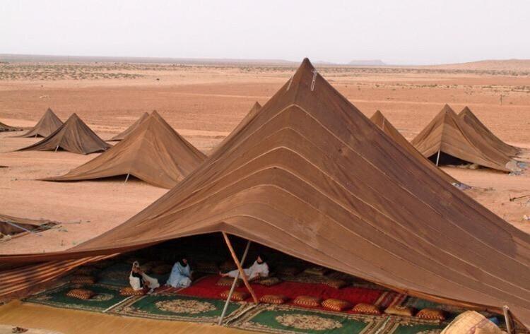 Жилые шатры необычной формы из Марокко