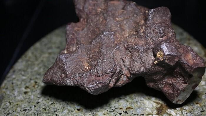 Метеорит Эдмора за 100 тысяч долларов