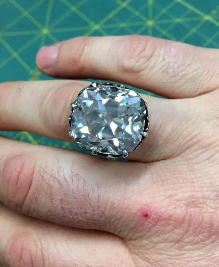 Кольцо за 607 тысяч долларов