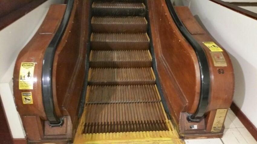 Деревянный эскалатор - большая редкость