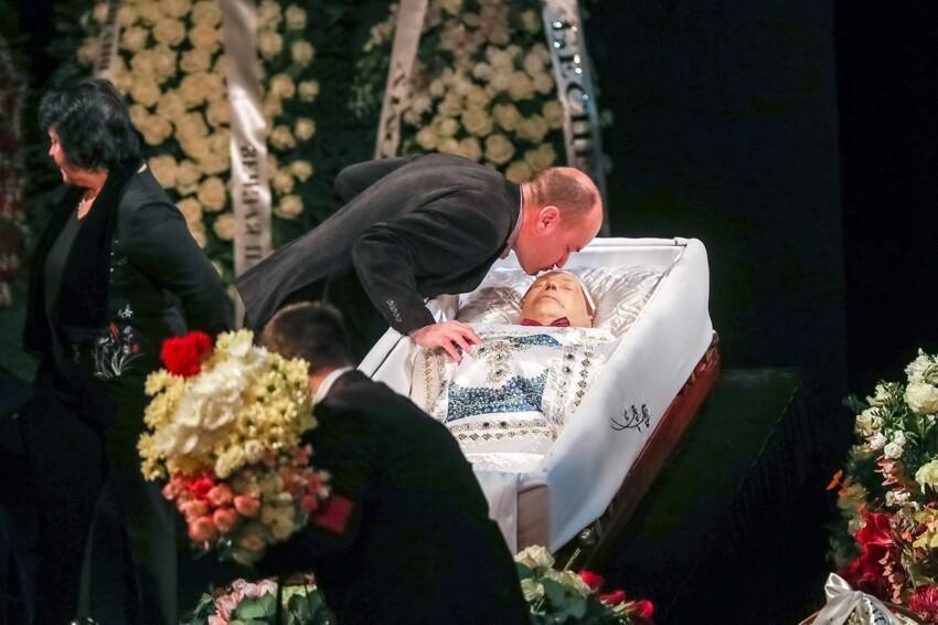 Николай Караченцев - известнейший и всеми любимый актер СССР и России