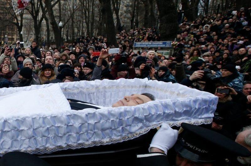 Борис Немцов - политик и общественный деятель