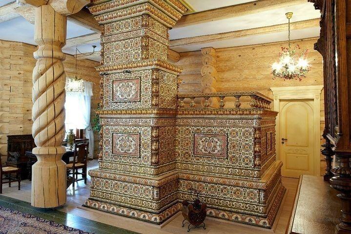 Плита, спальня, отопительный прибор, баня, элемент декора и главное жилище домашнего божества и покровителя семьи — домового