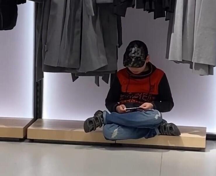 Многие утомляются от шоппинга с детства