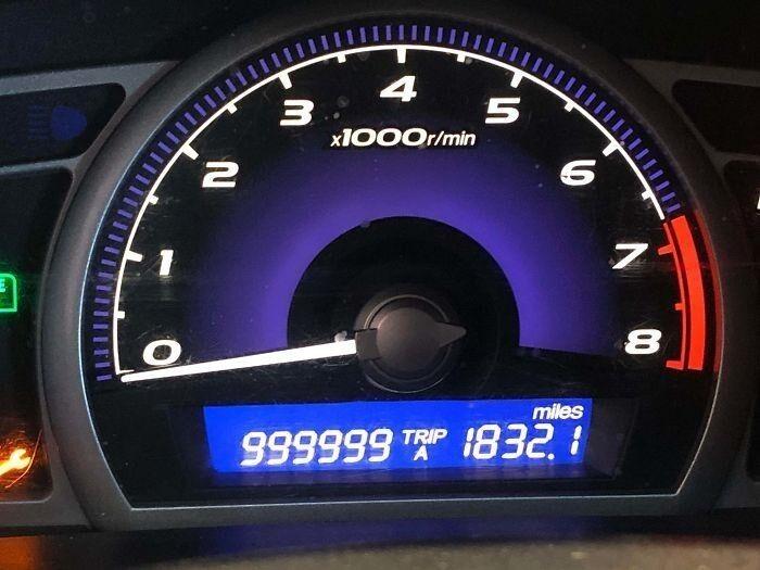Клиент купил этот Civic в 2006 году, и обслуживали его только мы. Мотор и трансмиссия не менялись.