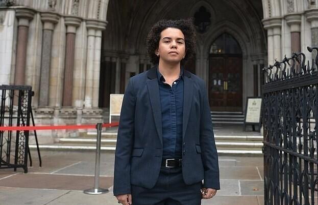 Британка сожалеет о смене пола в подростковом возрасте